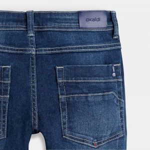 Stretch and thermoregulating jeans