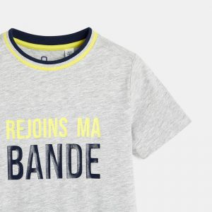 T-shirt with a message