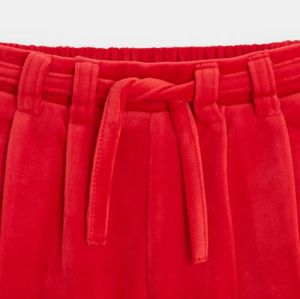 Smooth velvet shorts with pleats