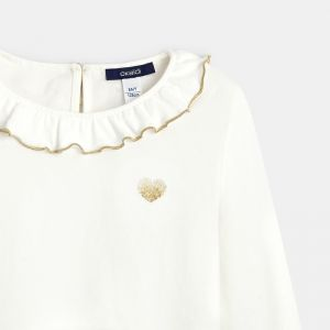 T-shirt with a collaret and embroidered heart